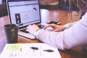 Web制作者を目指す!TechAcademyのオンラインコースまとめ!