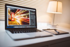 Adobe製品の基礎を学ぶならAdobeTV!簡単なチュートリアルで学びやすい