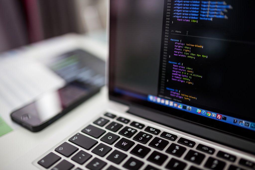 ウェブカツなら本気で稼げる!受講してプログラミングを学ぼう